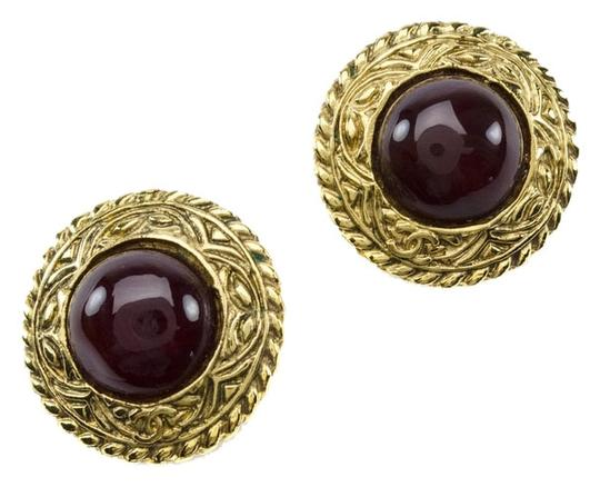 Preload https://item3.tradesy.com/images/chanel-red-vintage-round-earrings-3780322-0-0.jpg?width=440&height=440