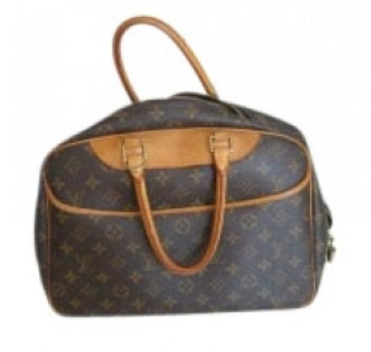 Preload https://item3.tradesy.com/images/louis-vuitton-looks-like-a-small-or-a-very-large-cos-brown-leather-weekendtravel-bag-37807-0-0.jpg?width=440&height=440