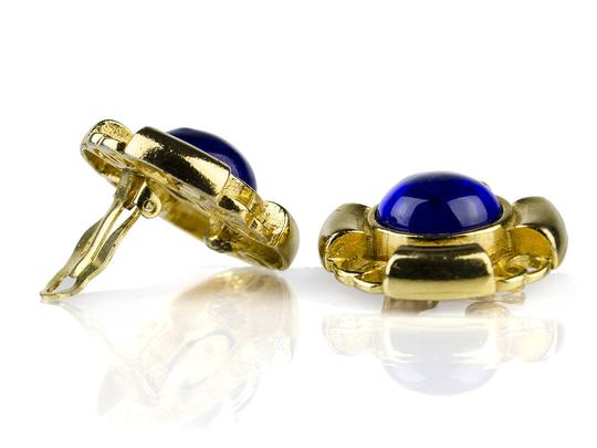 Chanel Chanel Vintage blue CC Clip On Earrings