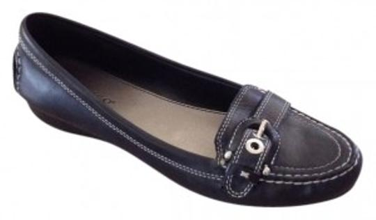 Preload https://img-static.tradesy.com/item/37825/franco-sarto-black-leather-loafer-flats-size-us-9-regular-m-b-0-0-540-540.jpg