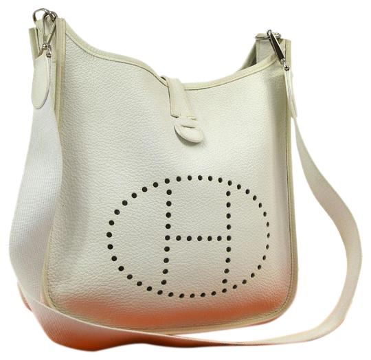 Preload https://img-static.tradesy.com/item/3782500/hermes-evelyne-pm-shoulder-couchevel-white-leather-cross-body-bag-0-9-540-540.jpg