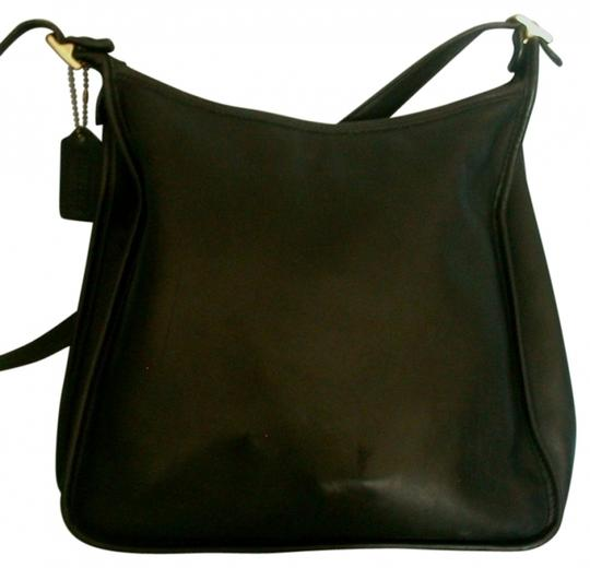 Preload https://item2.tradesy.com/images/coach-andrea-9073-black-leather-hobo-bag-37826-0-0.jpg?width=440&height=440