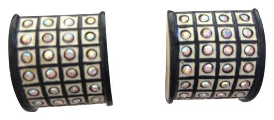 Preload https://item3.tradesy.com/images/st-john-cream-and-black-enamel-w-aurora-borealis-swarovski-crystals-clip-on-earrings-378302-0-0.jpg?width=440&height=440