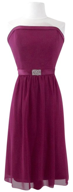 Alfred Angelo Berry Chiffon / Satin Style 7065 Casual Bridesmaid/Mob Dress Size 8 (M) Alfred Angelo Berry Chiffon / Satin Style 7065 Casual Bridesmaid/Mob Dress Size 8 (M) Image 1