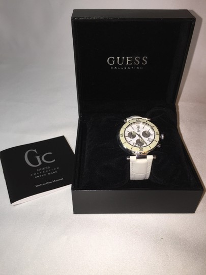 Guess Watch with Guess Tote Bag [ Roxanne Anjou Closet ]
