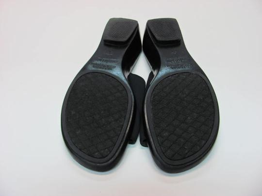 Predictions Good Condition Size 9 Wide Width navy, black Mules