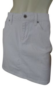Denizen by Levi's Pockets Stretchy Sexy Summer Size 10 Mini Skirt White