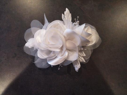 David's Bridal Double Rose Fabric Embellished Floral Headpiece