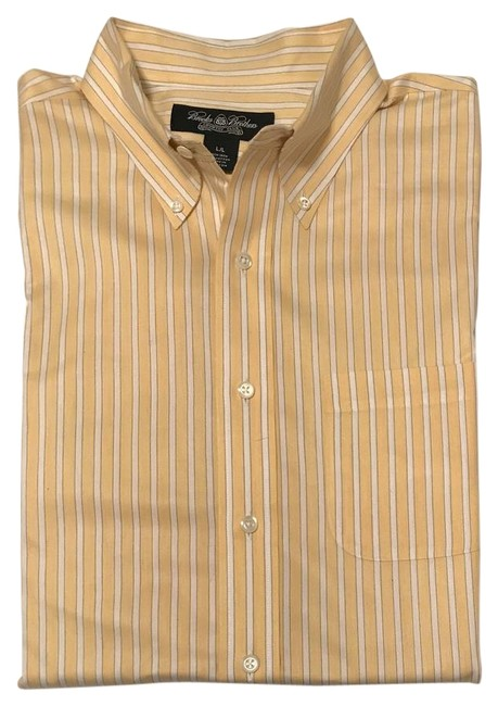 Brooks Brothers Yellow & White Men's Classic Fit Dress Shirt - (Large) Button-down Top Size 12 (L) Brooks Brothers Yellow & White Men's Classic Fit Dress Shirt - (Large) Button-down Top Size 12 (L) Image 1
