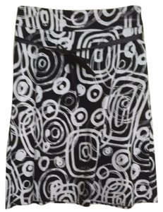 Tribal Skirt Black And White