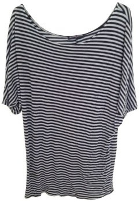 Preload https://item5.tradesy.com/images/brandy-melville-blue-stripes-tunic-size-6-s-379-0-0.jpg?width=400&height=650
