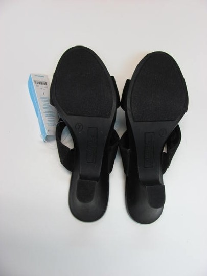 George New Excellent Condition Size 7 black Sandals