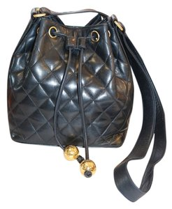 Chanel Vintage Vintage Hermes Louis Vuitton Prada Gucci Fendi Quilted Quilted Leather Drawstring Crossbody Crossbody Shoulder Bag