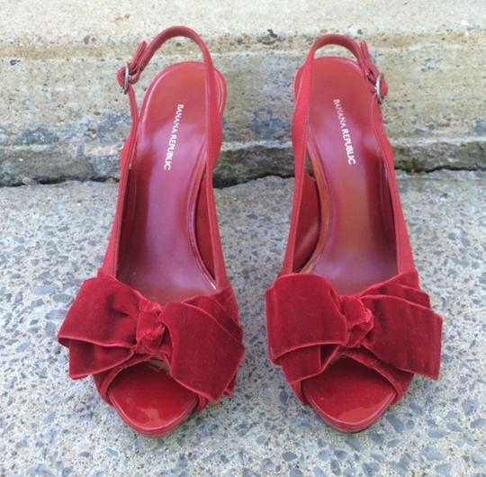 Banana Republic Velvet Patent Leather Red Pumps