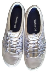 Skechers Tan with blue stripes Athletic