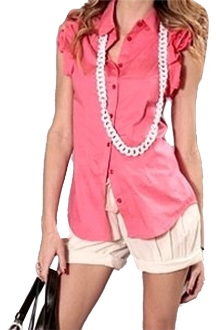 Preload https://item2.tradesy.com/images/forever-21-beige-pleated-belted-cuffed-shorts-size-8-m-29-30-3795781-0-0.jpg?width=400&height=650