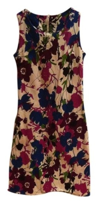 Preload https://item4.tradesy.com/images/purples-blues-floral-print-on-white-vintage-bold-sheath-with-pockets-medium-cotton-blend-above-knee--379728-0-0.jpg?width=400&height=650