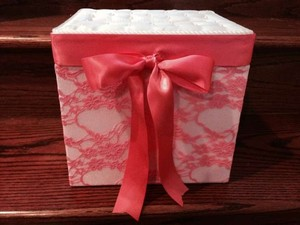 Ivory And Coral Lace Pearl Card Box