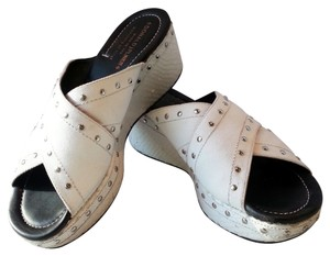 Donald J. Pliner Made In Italy Scale Textured Detailing Leather Canvas Silver Studs Crisscross Strap Platforms White Wedges