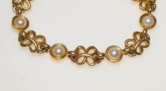 Napier Napier Cream Lucite Pearl Gold Tone Filigree Flower 7