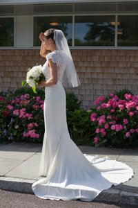 Nicole Miller Bridal Antique White Silk Lauren Hk0006 Feminine Wedding Dress Size 6 (S)