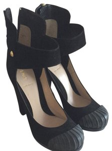 Fendi Black. Pumps