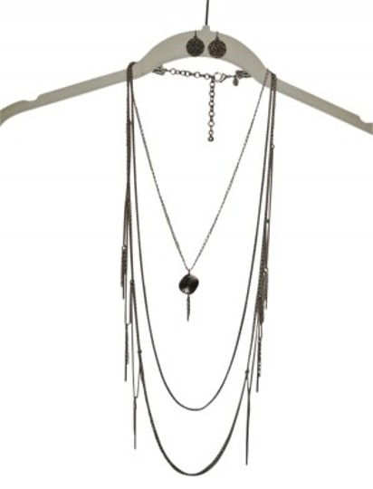 Preload https://img-static.tradesy.com/item/38004/chico-s-hammered-bronze-and-earring-set-necklace-0-0-540-540.jpg