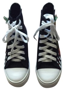Jeffrey Campbell Black Converse w/Print Athletic