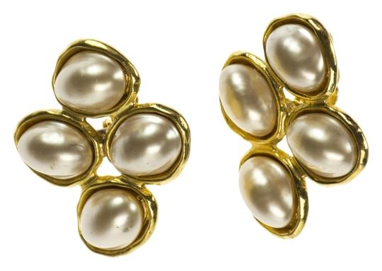 Preload https://item3.tradesy.com/images/chanel-chanel-vintage-pearl-earrings-3803767-0-0.jpg?width=440&height=440