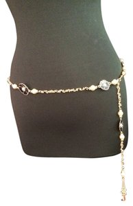 St. John St. John Navy and Pearl Flower Belt with Gold linked chain- 45 inches