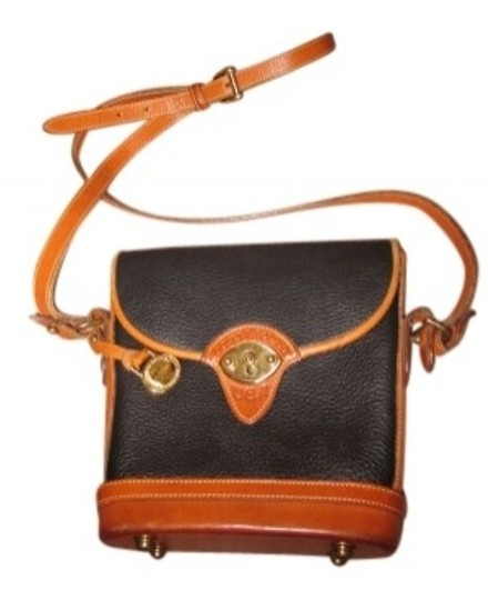 Preload https://item3.tradesy.com/images/dooney-and-bourke-brown-and-navy-leather-cross-body-bag-38067-0-0.jpg?width=440&height=440