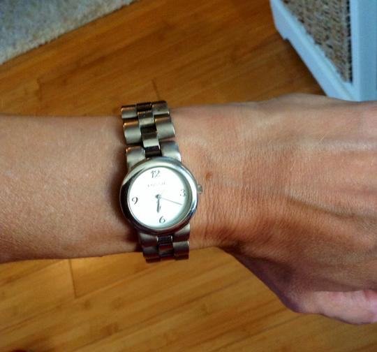 Fossil Fossil Silver Bracelet Watch Round Face