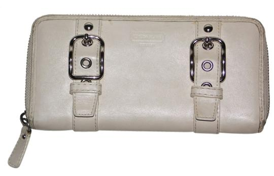 Coach Ivory Leather Coach Zoe Zippered Accordian Wallet
