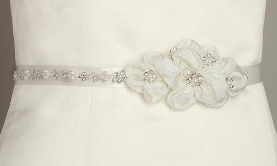 Mariell Ivory Pearl and Crystal Flower Cluster 3388bt-i Sash