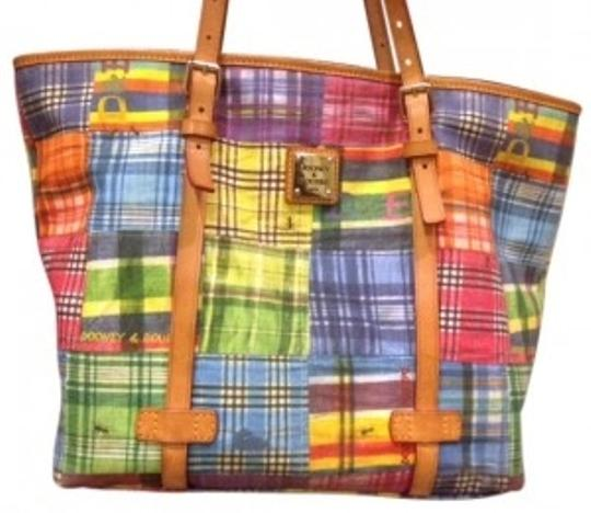 Preload https://img-static.tradesy.com/item/38075/dooney-and-bourke-madras-plaid-with-logo-and-ants-multicolor-cotton-tote-0-0-540-540.jpg