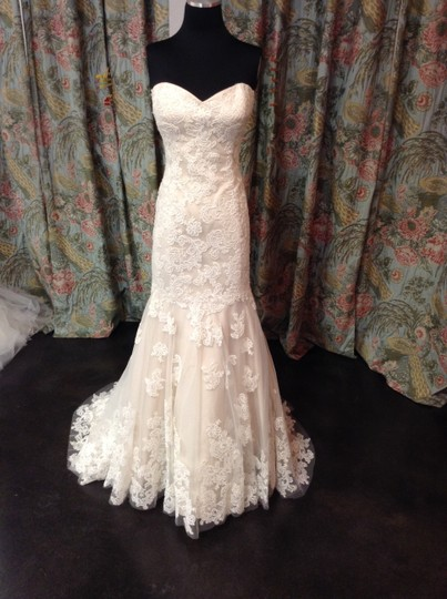 Preload https://img-static.tradesy.com/item/3807826/wtoo-ivory-lace-over-champagne-flora-vintage-wedding-dress-size-12-l-0-0-540-540.jpg