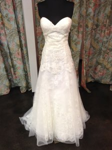 Wtoo Ivory Lace & Tulle Amalthea Feminine Wedding Dress Size 10 (M)