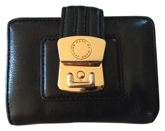 Preload https://item5.tradesy.com/images/marc-by-marc-jacobs-black-leather-wallet-3808909-0-0.jpg?width=440&height=440
