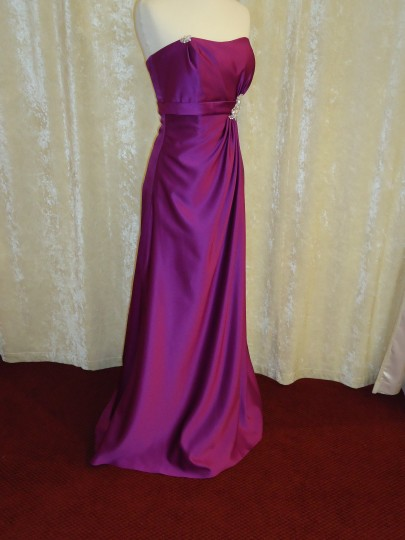 Passion Satin 1713 Formal Bridesmaid/Mob Dress Size 8 (M)