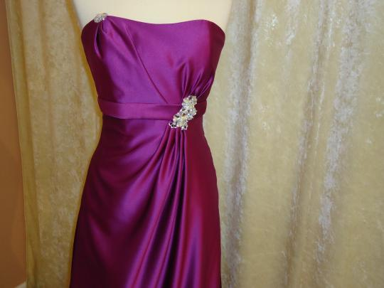 Impression Bridal Passion Satin Formal Bridesmaid/Mob Dress Size 4 (S)