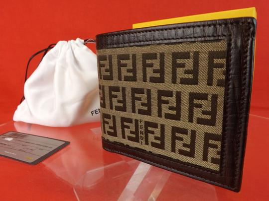 Fendi BROWN ZUCCA LOGO TEXTURED LEATHER JACQUARD TRI FOLD WALLET DUST BAG