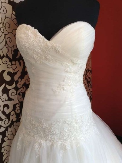 Wtoo Ivory Kylilah Wedding Dress Size 10 (M)