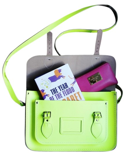Preload https://img-static.tradesy.com/item/3810604/the-cambridge-satchel-company-flouro-neon-yellow-leather-satchel-0-0-540-540.jpg
