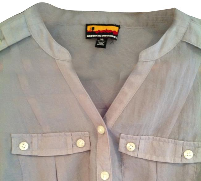 Item - Light Gray Button-down Top Size 2 (XS)