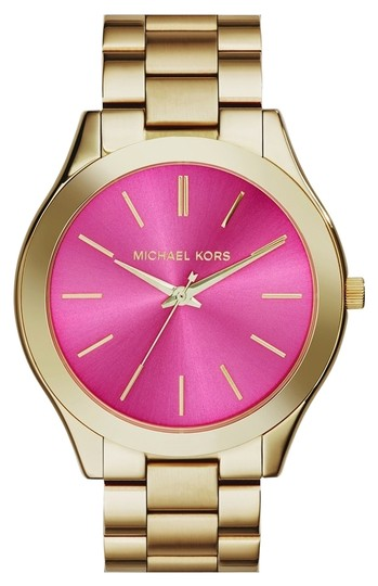 Preload https://img-static.tradesy.com/item/3812125/michael-kors-gold-slim-runway-bracelet-42mm-watch-0-0-540-540.jpg