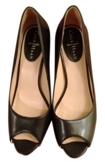 Preload https://item4.tradesy.com/images/cole-haan-black-leather-open-toe-pumps-size-us-7-regular-m-b-38123-0-0.jpg?width=440&height=440