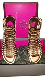 Vince Camuto Gold/Copper Sandals