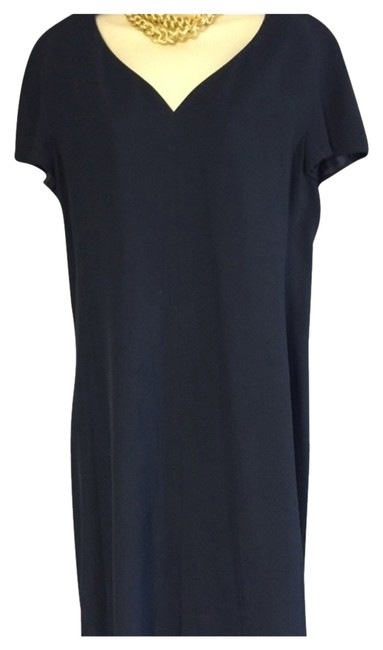 Preload https://img-static.tradesy.com/item/3812881/krizia-classic-shift-elegant-md-in-italy-reduced-knee-length-workoffice-dress-size-12-l-0-2-650-650.jpg