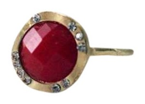 Colette Colette Brush Gold tone Red Stone Crystal RIng Size 8