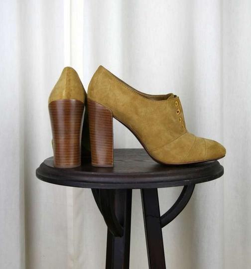 Tory Burch Leather Suede Oxford Heels Tan Pumps